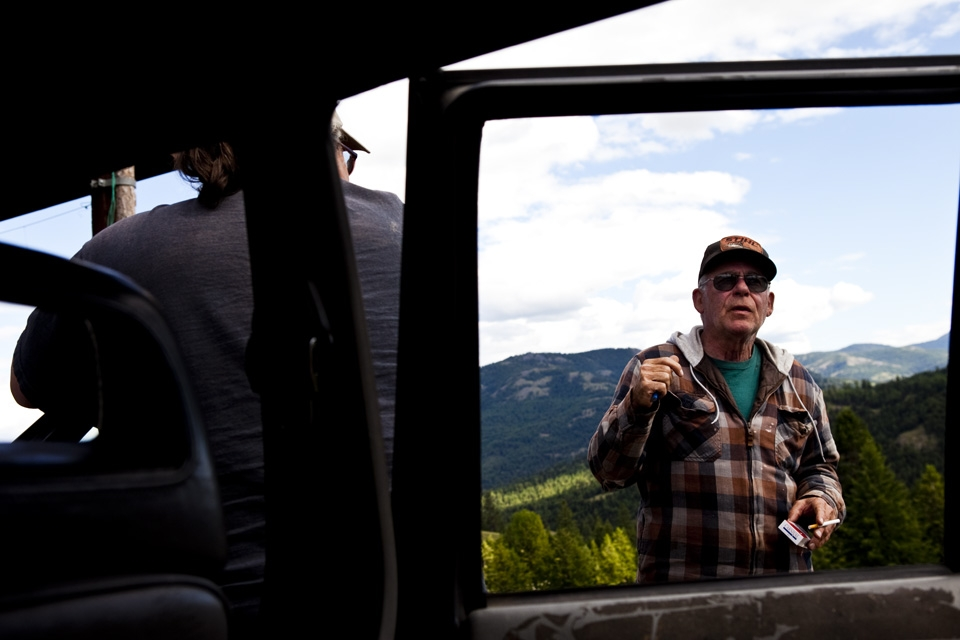 Mountain vet Mike Rounds talks to us about his home. Photo by: Juliette Lynch